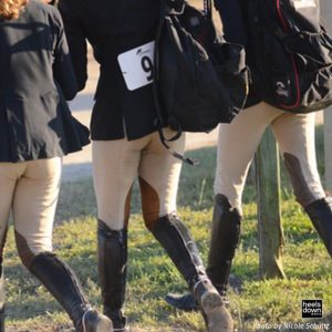 equestrian-friends-friendships-photo-by-nicole-schultz-hunter-riders